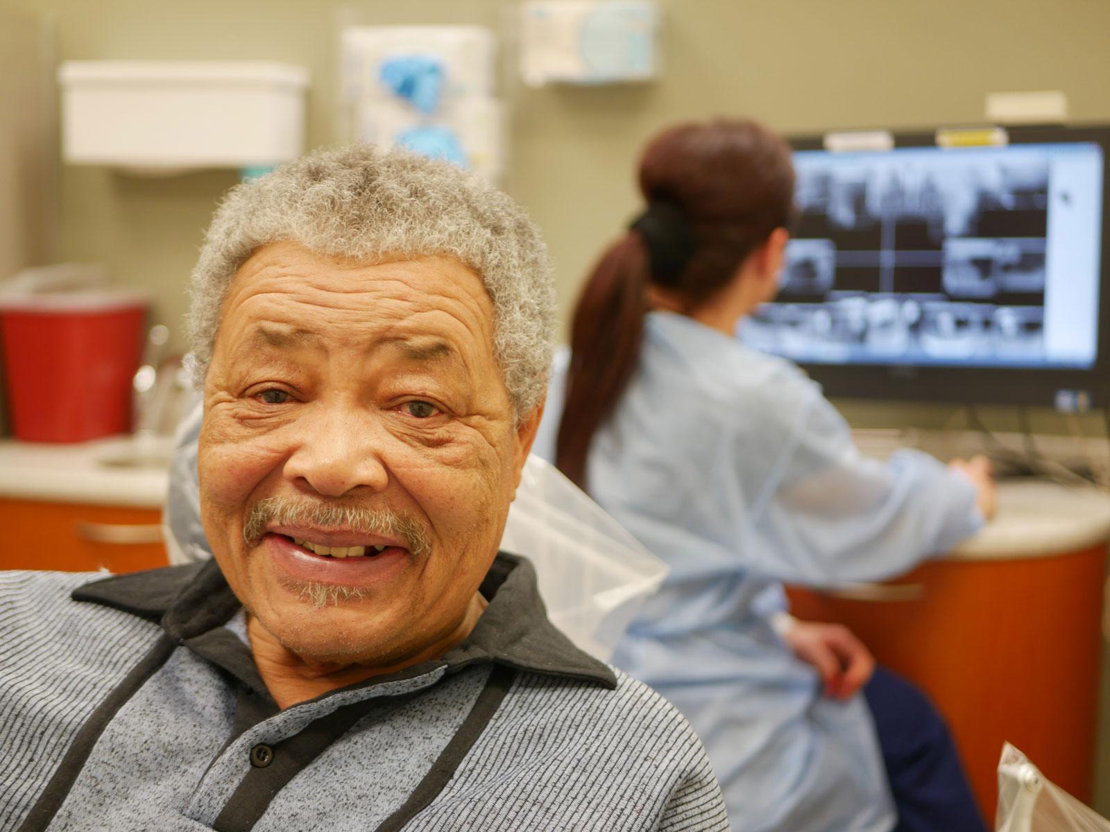 Dental Broken Teeth and Emergency